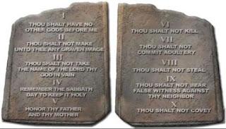 10 perintah allah di alkitab katolik dan penjelasannya