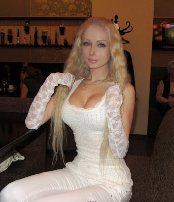 Living Barbie: Valeria Lukyanova_17