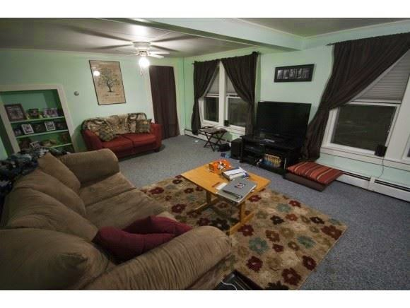 House for sale - comfortable living area