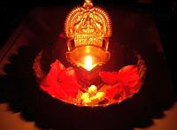 உலக ஒளி உலா இனிய புத்தாண்டு வாழ்த்துகள் 2012