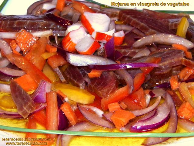 Mojama en vinagreta de vegetales.