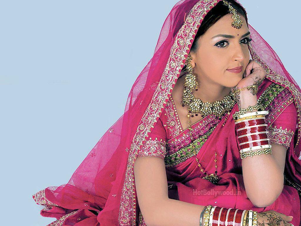 the celebrity photos: beautiful bollywood actress esha deol pics and