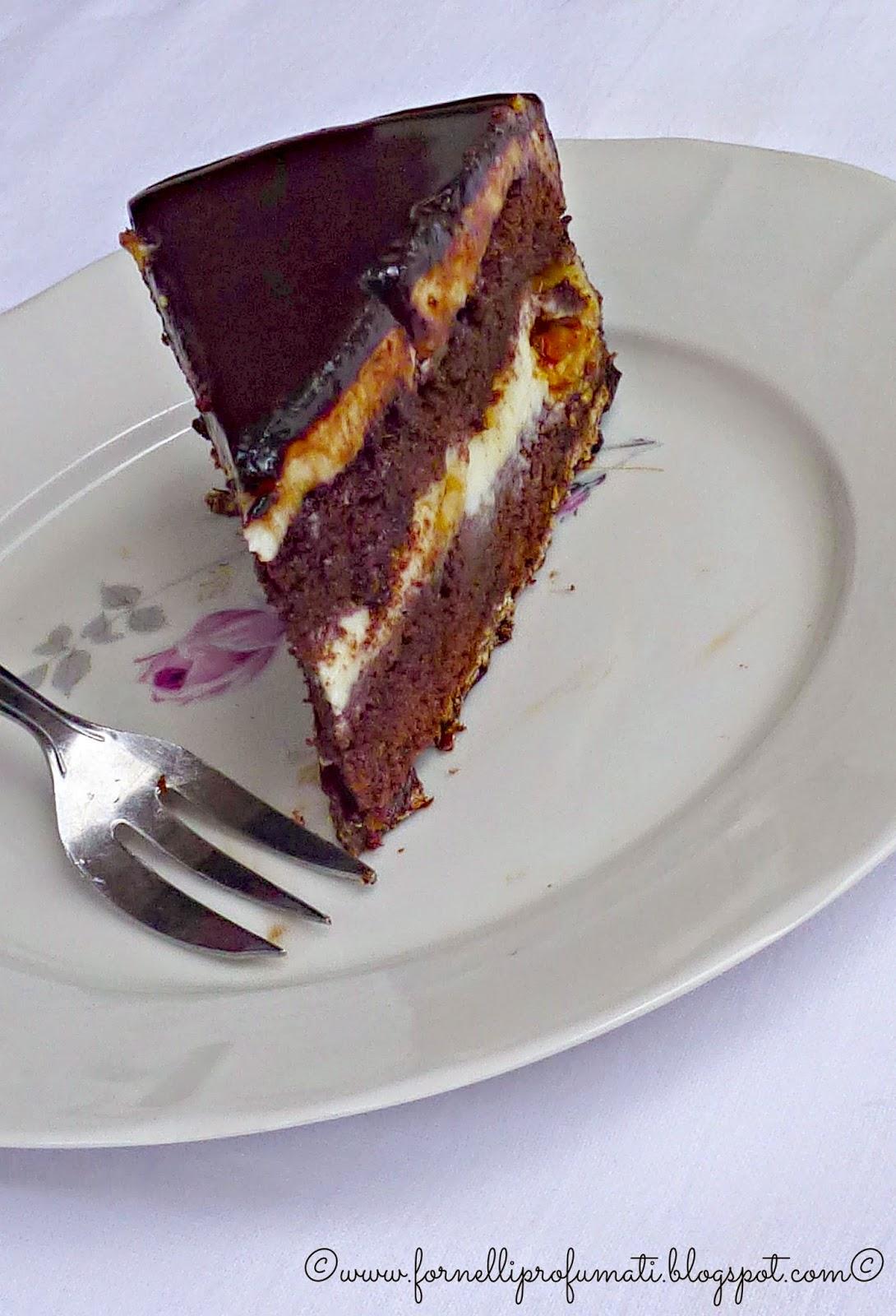 Torta al cioccolato namelaka e croccante fornelli profumati - Glassa a specchio su pan di spagna ...