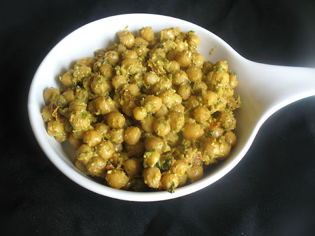Chickpeas Dressed with Fresh Basil Pesto