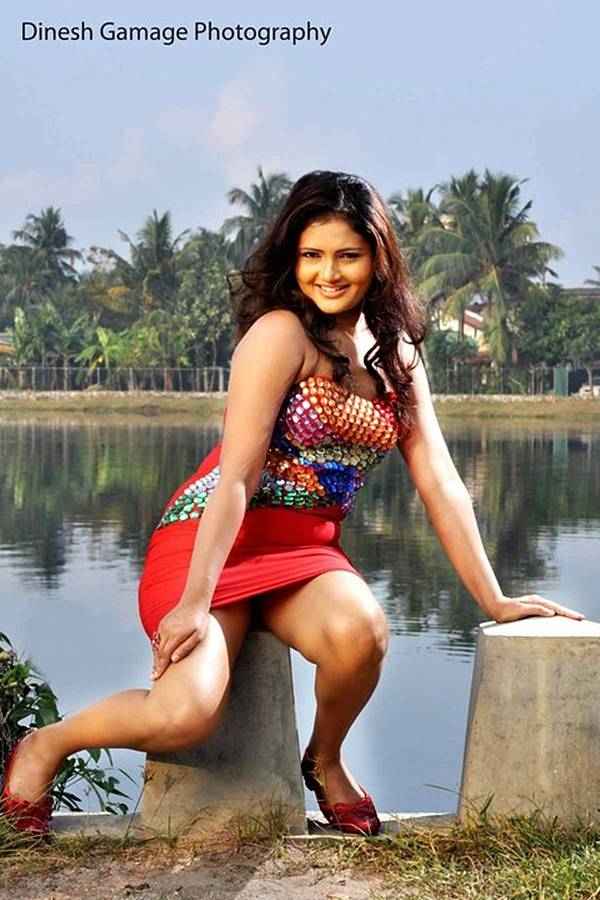 spicy sri lankan actress ameesha kavindi ameesha kavindi is a hot sri