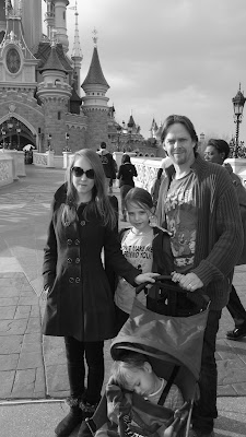 Yezz, Quinny, Disneyland Paris, Cinderella's Castle