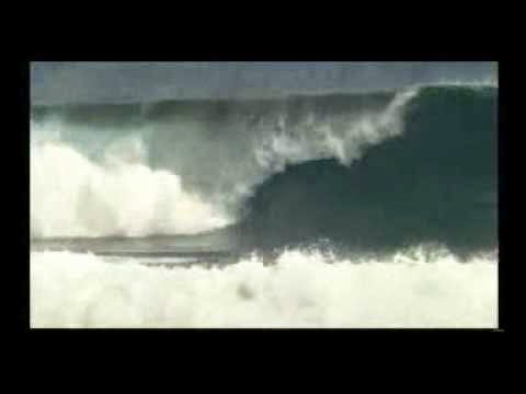 Big barrels at Billabong Pro Tahiti