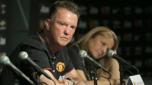 El marketing alrededor del Manchester United enoja a Van Gaal