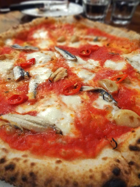 Scrumpdillyicious: Pizzeria Libretto on Ossington: A Neapolitan Love ...