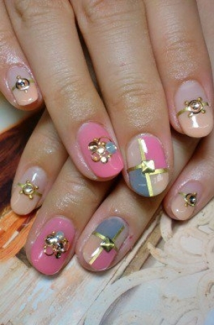 Glam-Chic-Fall-2012-Nail-Art-Designs-7
