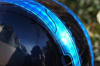 4 - カスタムペイント工程  バッドボーンヘルメット シルバーリーフ スピニング