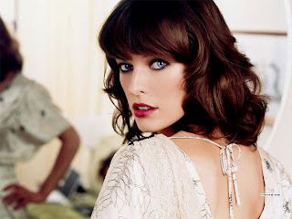 Milla Jovovich Wallpapers