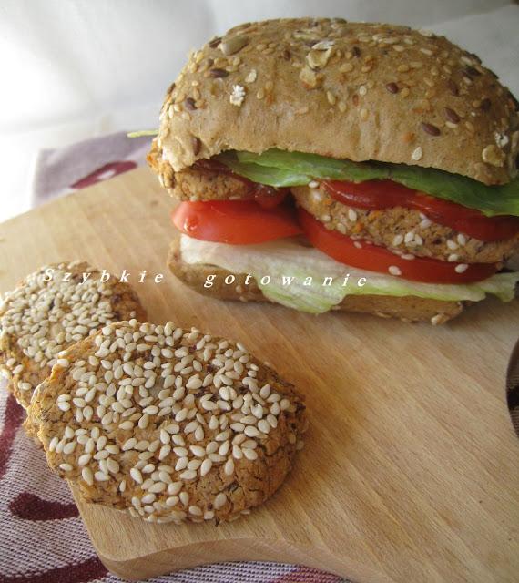 Wege-burgery (kotleciki) z ciecierzycy