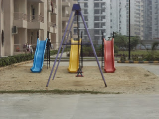 Livingston:: Construction Status on July 2014:-Kids Play