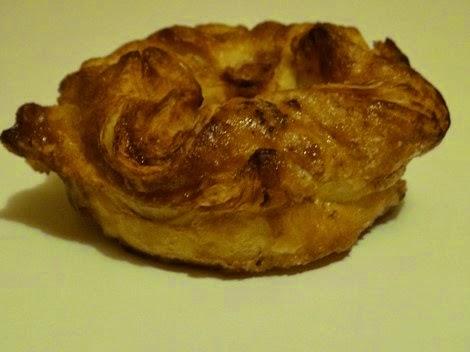 Le kouign amann de la pâtisserie Gâteau Thoumieux de Jean François Piège.