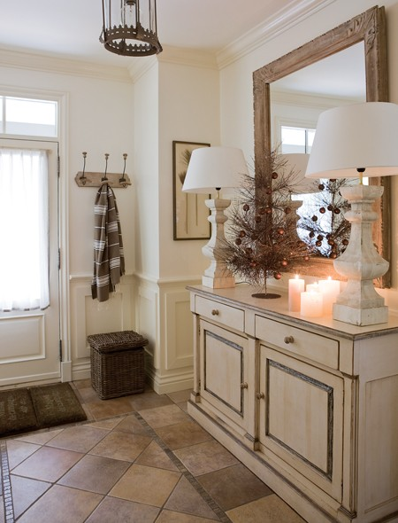 Country Home Foyer Decorating Ideas : New home interior design christmas country