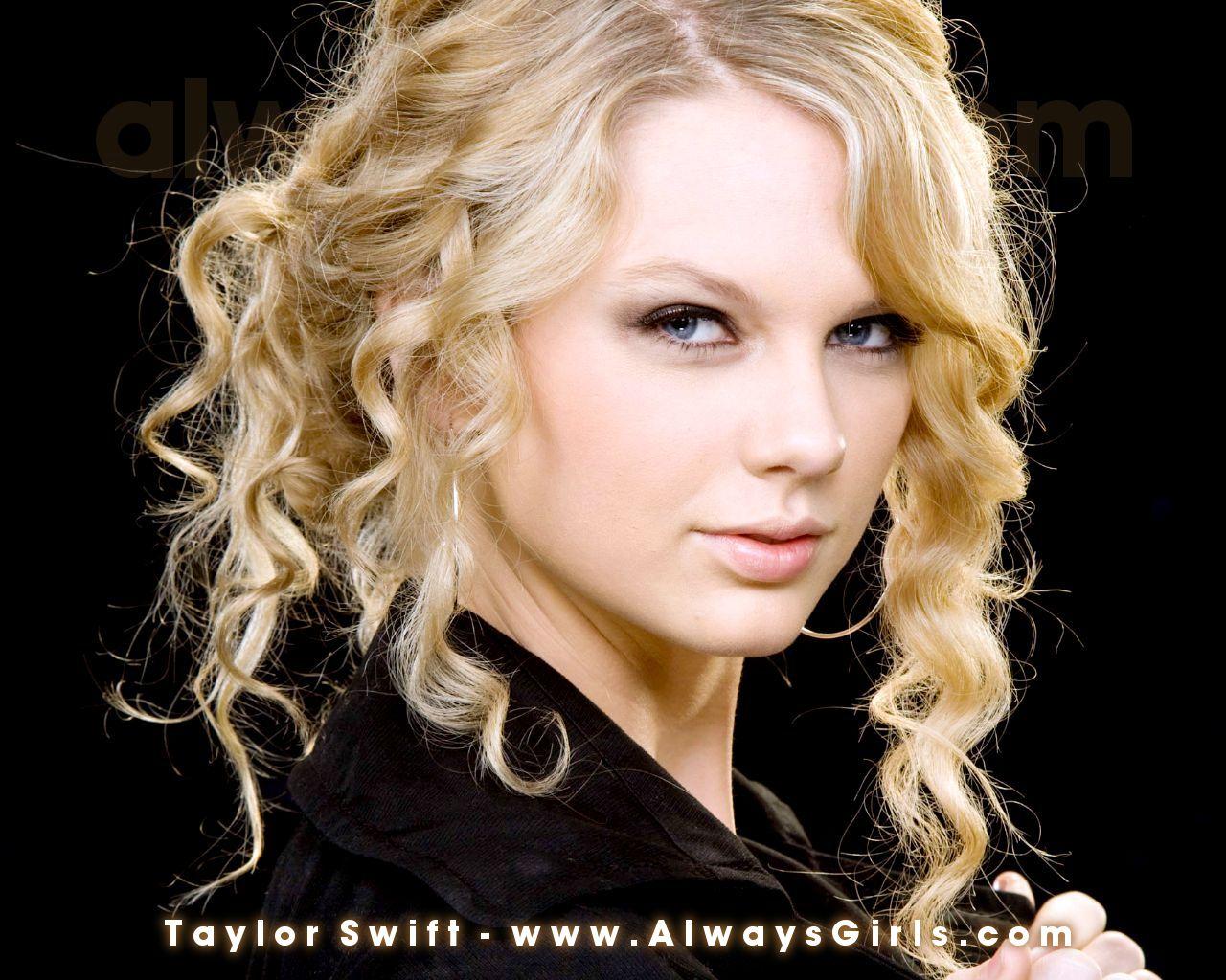 http://2.bp.blogspot.com/-9Fyruffygyk/T3HLUPR1BfI/AAAAAAAAAAc/P-yOFS4RD8E/s1600/Taylor+Swift3.jpg