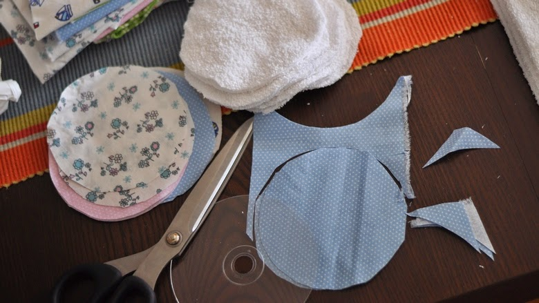 100 bofora: Platneni jastučići za dojenje: kako se to radi!