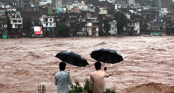 http://www.economist.com/blogs/banyan/2014/09/floods-india-and-pakistan