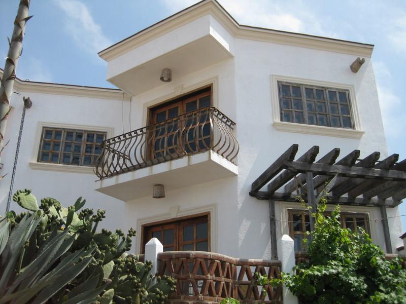 Fachadas mexicanas y estilo mexicano hermosa residencia for Fachadas de casas estilo contemporaneo