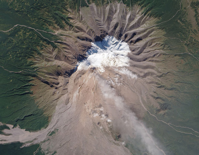 Volcano pics from space - they're out of this world Seen On www.coolpicturegallery.us
