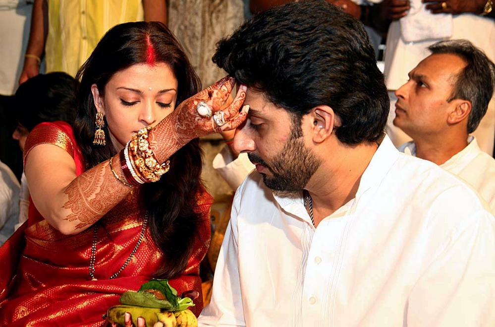 Celebrity Weddings: Aishwarya Rai Wedding Pics