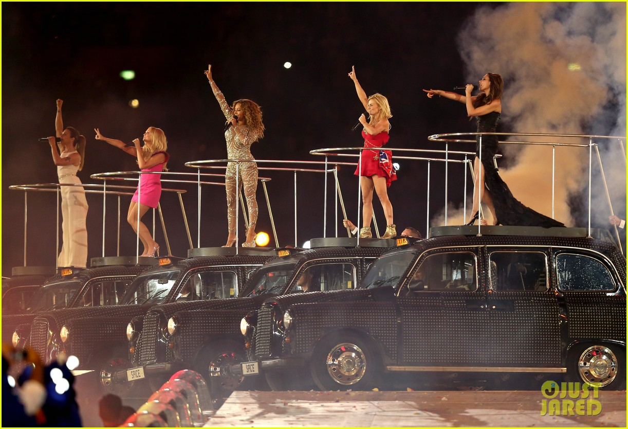 http://2.bp.blogspot.com/-9HZFrDJMgy8/UCi_rCg3oYI/AAAAAAAAT5Q/-iFv4As_JFE/s1600/spice-girls-olympic-closing-ceremony-11.jpg