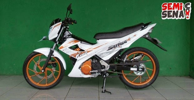 motor-suzuki-satria-fu-150-white-fighter