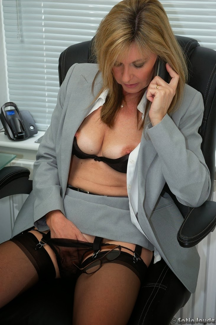 Wife office brunette nude photos this not