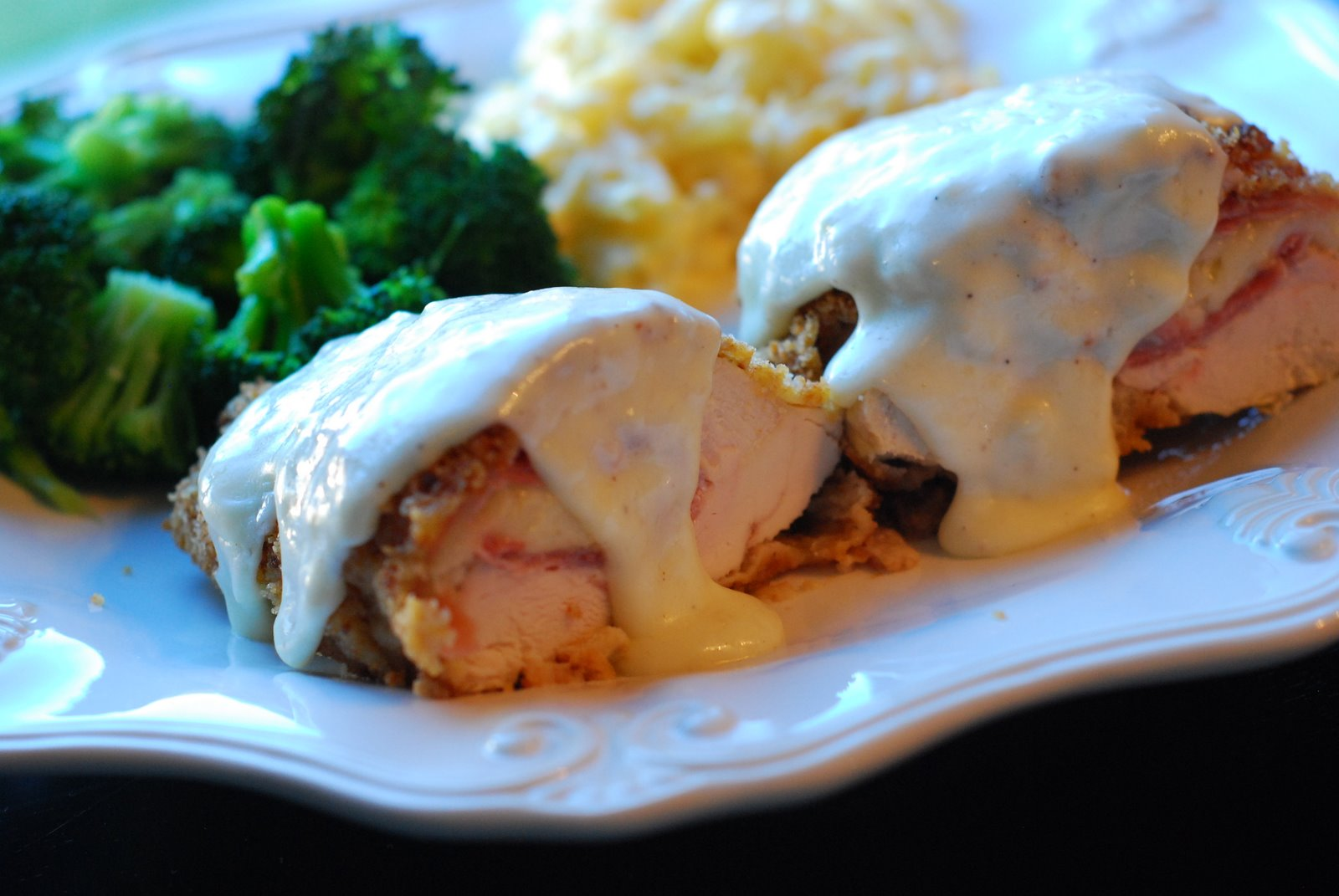 how to make creamy sauce for chicken cordon bleu