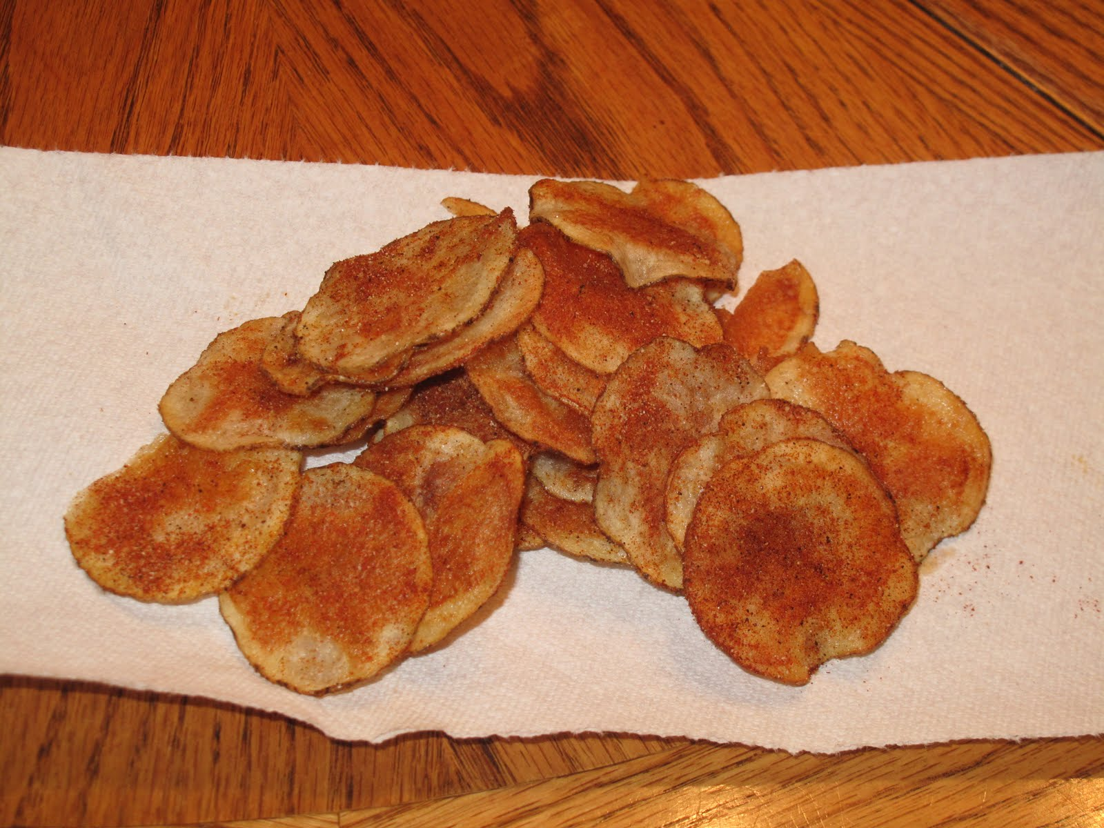 how to make potato chips in the oven at home