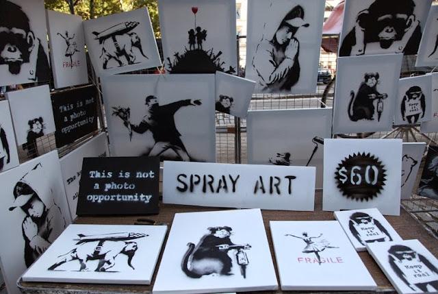 Banksy Sells Original Artworks For 60$ In Central Park, New York City