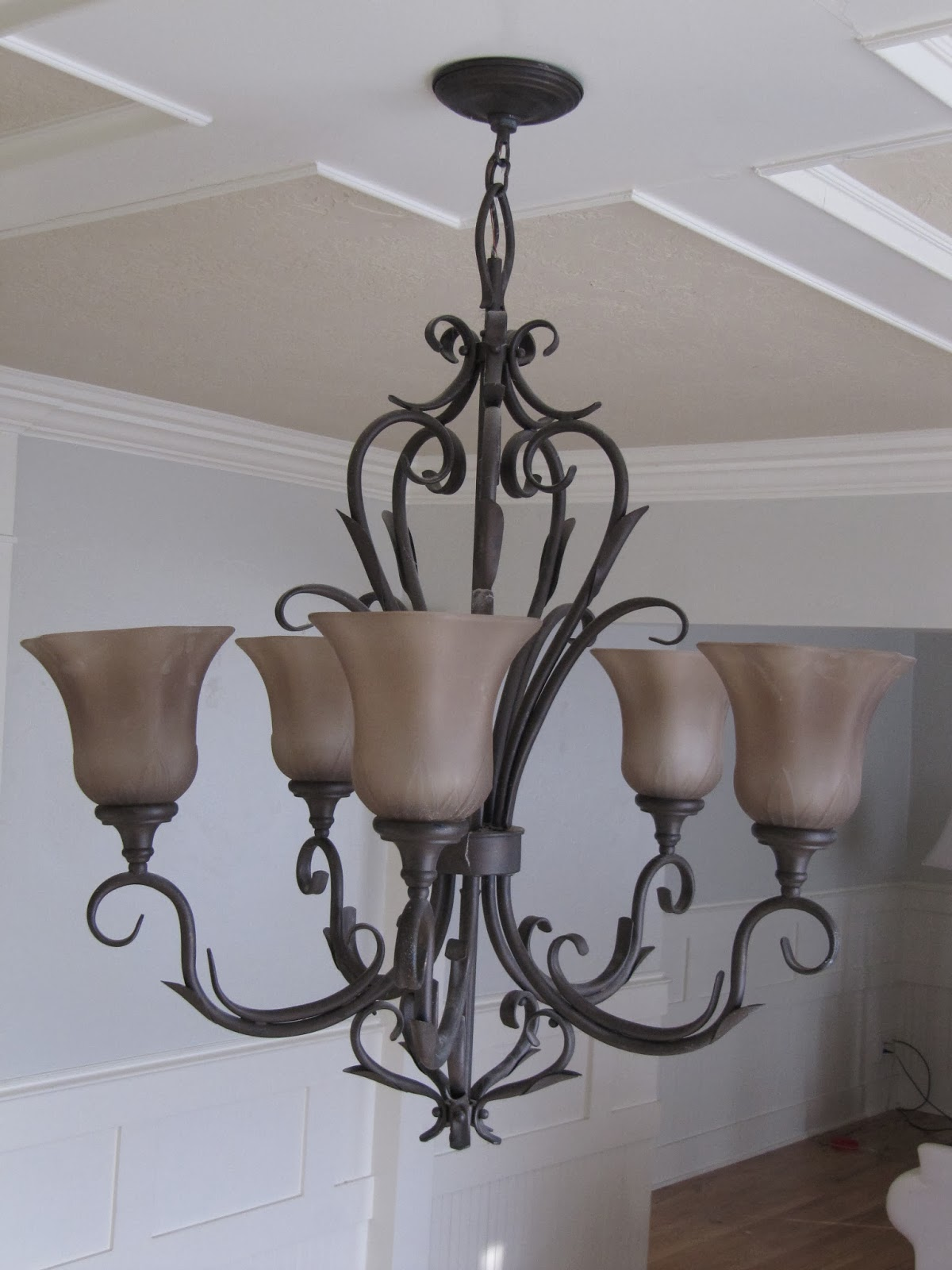 Chandelier Makeover The Wicker House