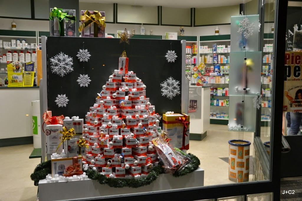 Saludea navidad una oportunidad para captar y fidelizar - Decoracion farmacias ...