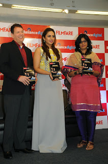 Bollywood Actress Huma Qureshi Latest Pictures in Long Dress at Filmfare 2015 Calendar Launch  18
