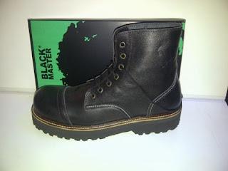 Sepatu Black master hitam murah,sepatu boots murah