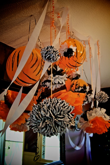 Tiger theme party, tissue pom pom, baby shower