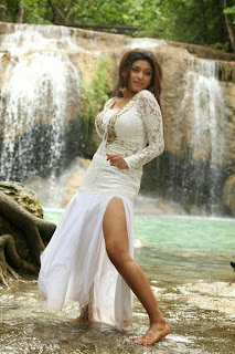 Oviya Helen Spicy Stills from movie Sandamarutham Stunning cute beauty in Shorts and Choli