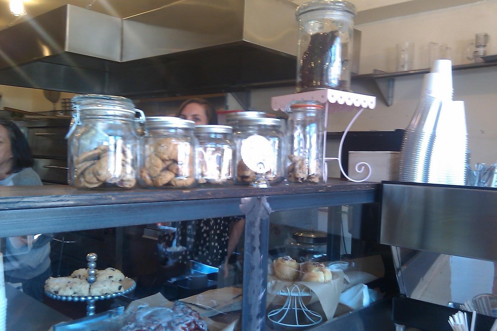 the good life goody goodie cream sugar cafe dessert salon. Black Bedroom Furniture Sets. Home Design Ideas