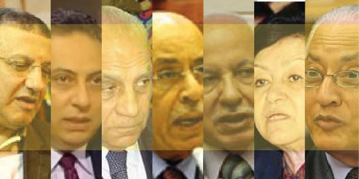 """وبين الأب الذى """"لم يكن ينتوى"""" .. والإبن الذى """"كان ينوى"""" .. كانت هناك شهورا قليلة فاصلة عن موعد الانتخابات الرئاسية نفسها .. ولكن أيا منهما لم يكن قد أعلن عن تلك النوايا وكأن مصر ستظل أسيرة نواياهما"""