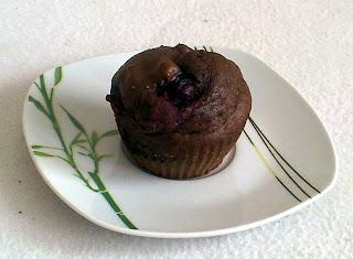 Muffinki kakaowe z wiśniami