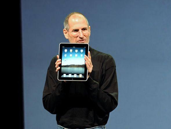 IMAGEM: Steve Jobs em apresentação de Ipad