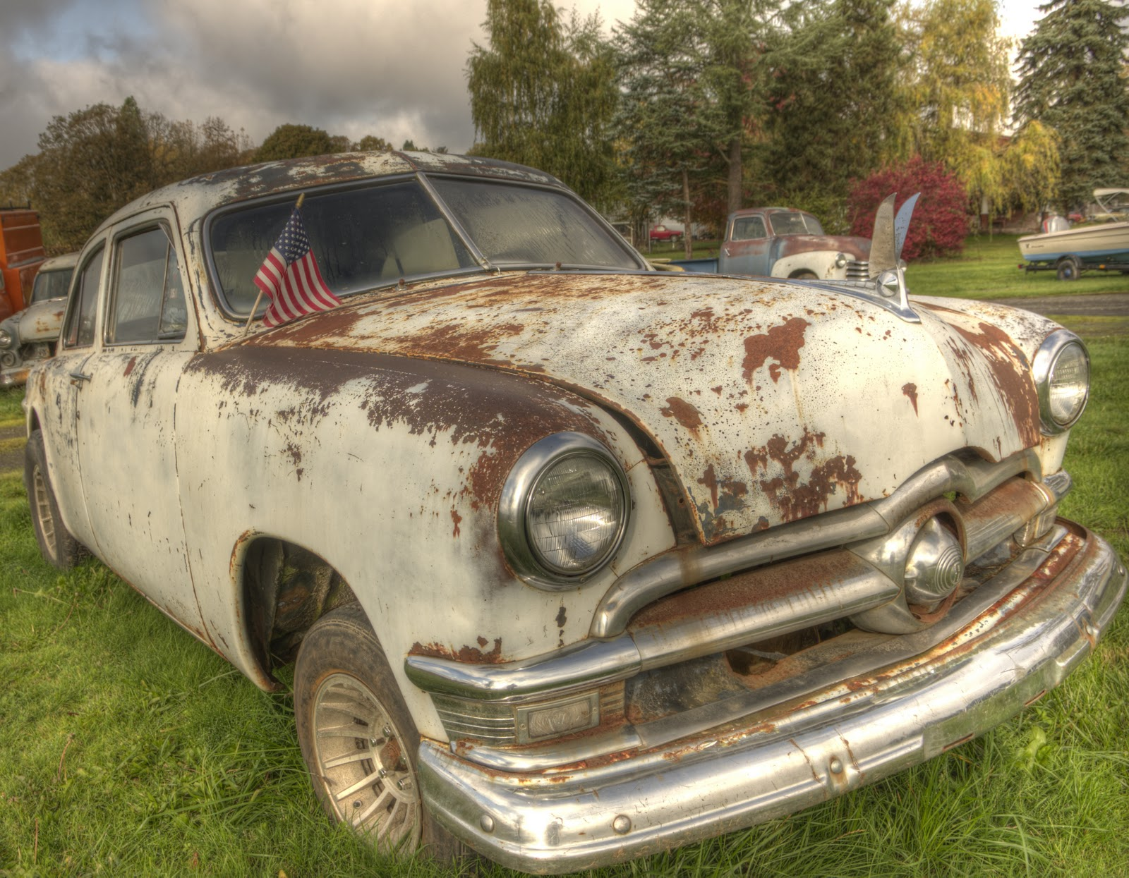 Thom Zehrfeld Photography : Old Cars In HDR | Well Trucks Too!