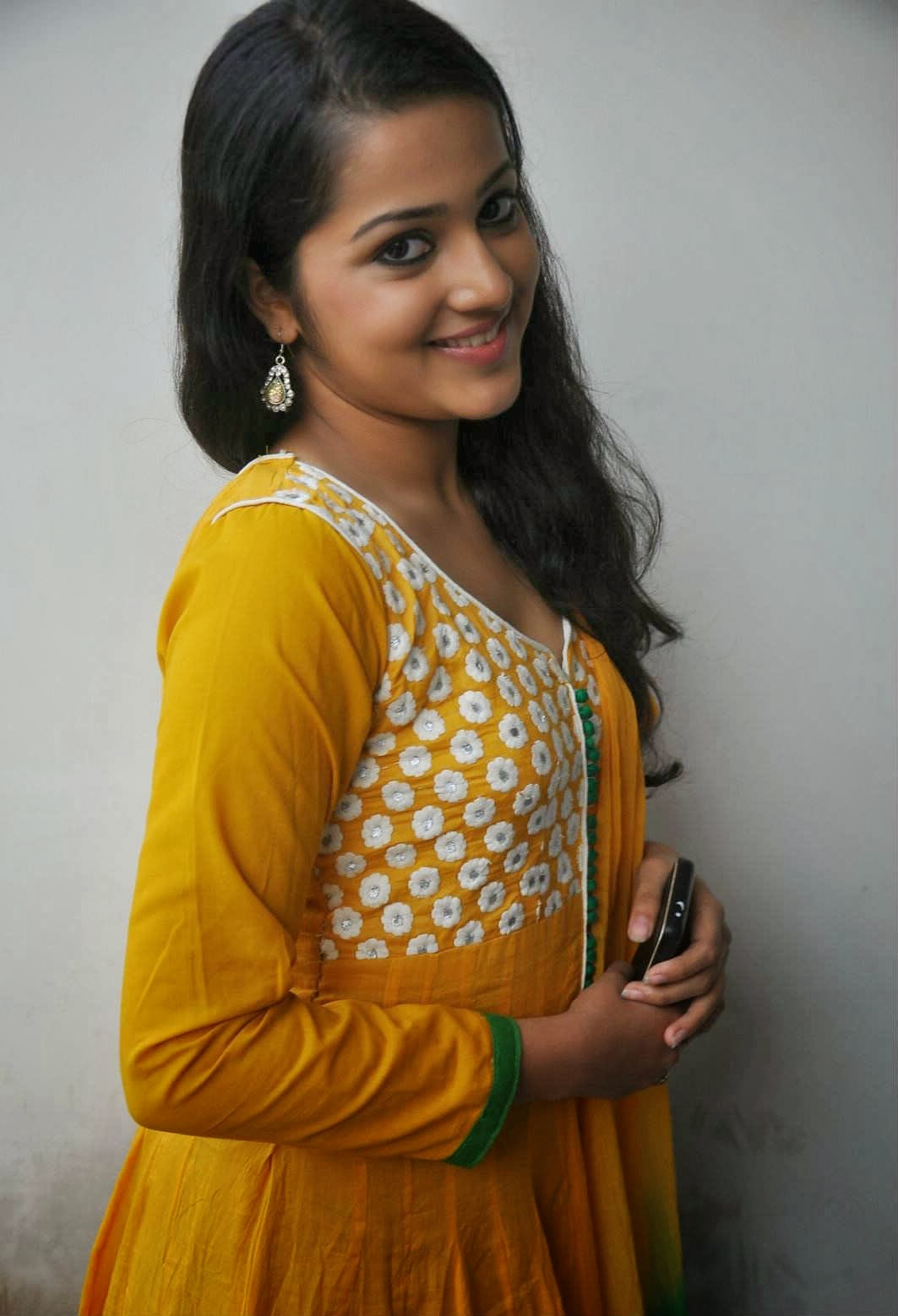 Samskruthy Shenoy At Hrudayam Ekkadaundi Movie Press Meet