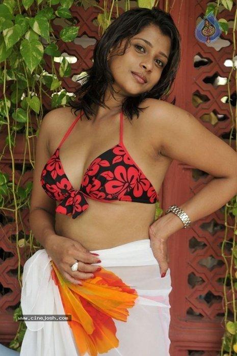 sinhala girls nude photoes