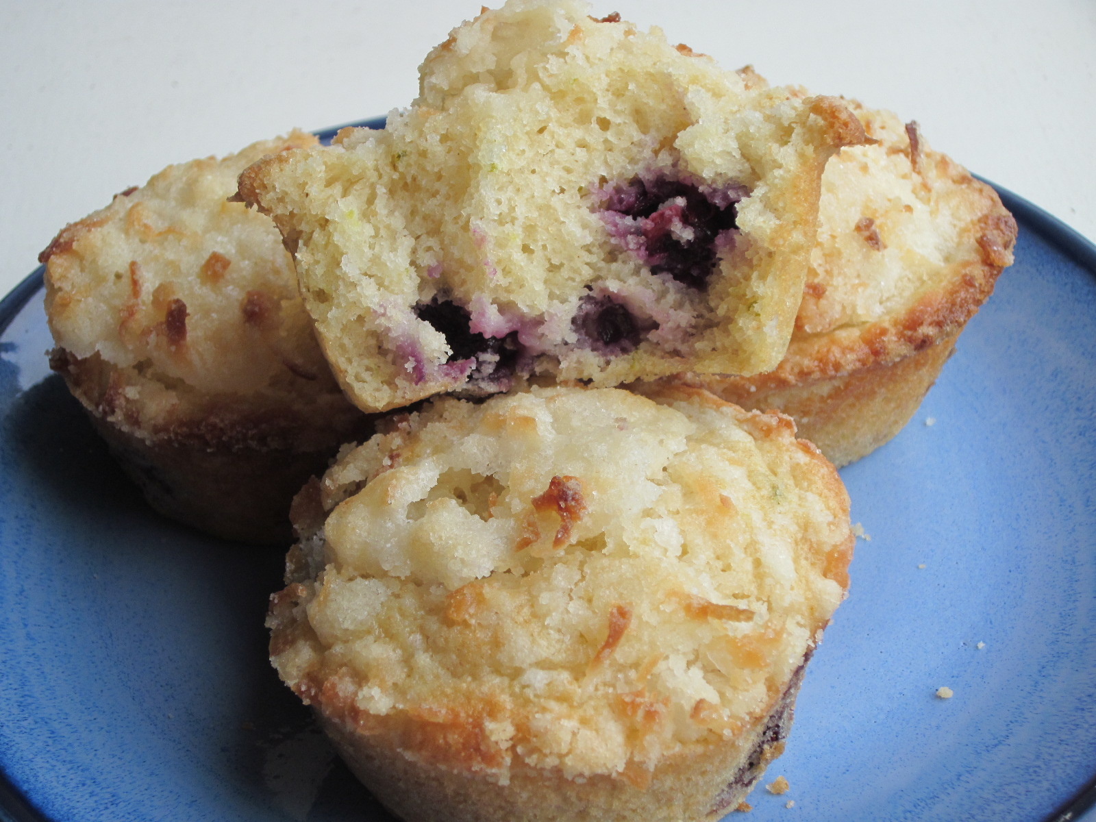 ... Luvin' In The Kitchen: Blueberry Lime Muffins with Coconut Streusel