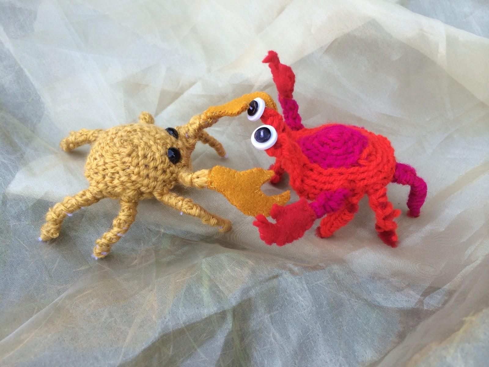 Amigurumi Crab : SockletWorld: Amigurumi Crab Fight