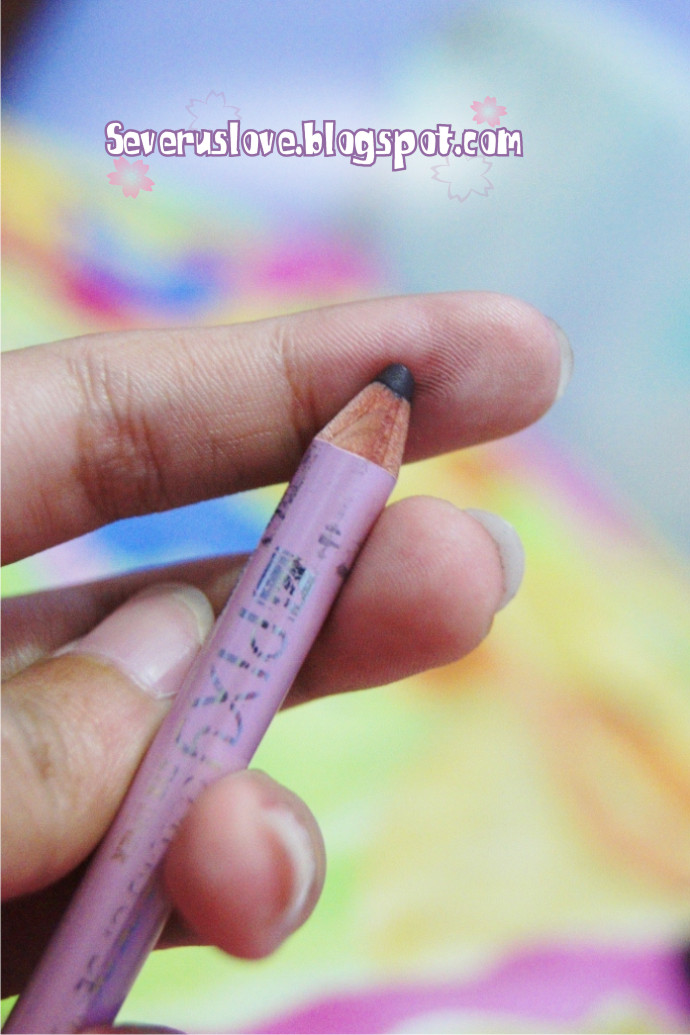 SeVeRuS LoVe Review PIXY Eyeliner Pencil In Brown My