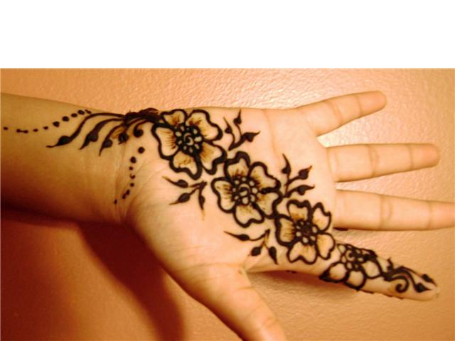 Mehndi Tattoo For Kids : Photo shoot best mehndi designs for kids