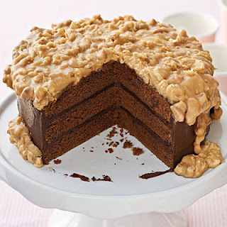 Dying for Chocolate: CHOCOLATE PRALINE CAKE: National Praline Day